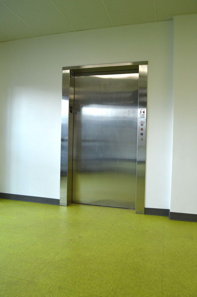 Elevator pre installed is the best way to purchase an elevator. High quality and easy.